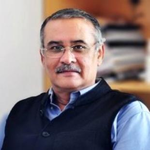 Dr Tarun Pasricha